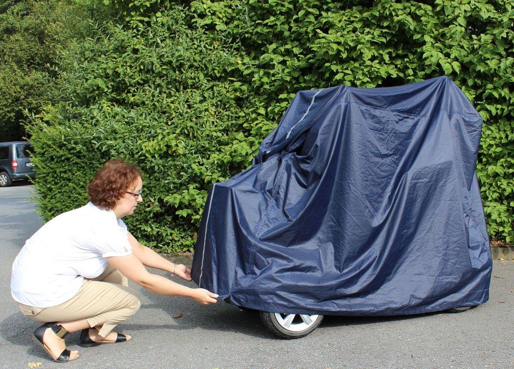 garage gro und stabil f r elektromobil elektroscooter scooter schutz plane abdeckung. Black Bedroom Furniture Sets. Home Design Ideas